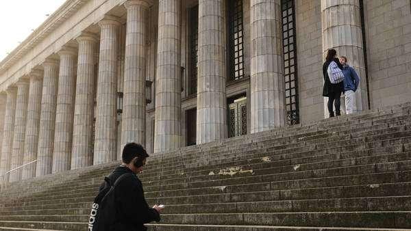 Universidad-Buenos-Aires-Derecho-Fernando_CLAIMA20150429_0439_27